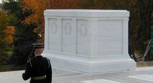 Graphics - MDC - Tomb Of The Unknowns